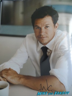 MArk Wahlberg signed autograph signature photo photograph rare promo Marky Mark Wahlberg signing autographs for fans hot sexy actor model rare calvin klein promo broken city pain and gain