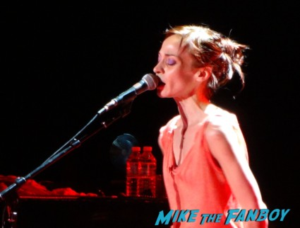 fiona apple live in concert greek theater 2012 rare promo photo gallery hot sexy criminal singer when the pawn
