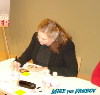 Kathleen Turner signing autographs for fans rare