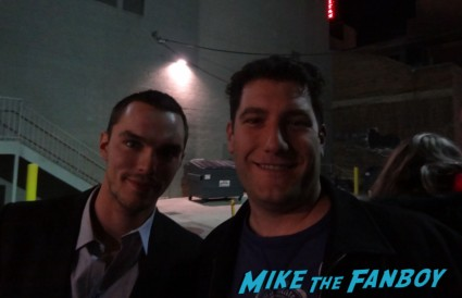Nicholas Hoult fan photo signing autographs for fans mike the fanboy getting a photo flop with warm bodies star Nicholas Hoult at jimmy kimmel live