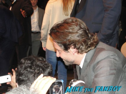Bradley cooper signing autographs for fans at a screening and q and a for silver linings playbook silver linings playbook q and a with BRADLEY COOPER, JENNIFER LAWRENCE, ROBERT DE NIRO, JACKI WEAVER, CHRIS TUCKER, PAUL HERMAN, DASH MIHOK, SHEA WHIGHAM & Director DAVID O. RUSSEL