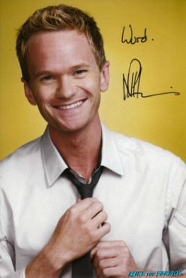 NPH…. NEIL PATRICK HARRIS! signed autograph promo photograph neil patrick harris how i met your mother doogie howser