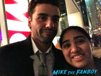 oscar isaac fan photo signing autographs for fans les miserables movie premiere afterparty rare promo