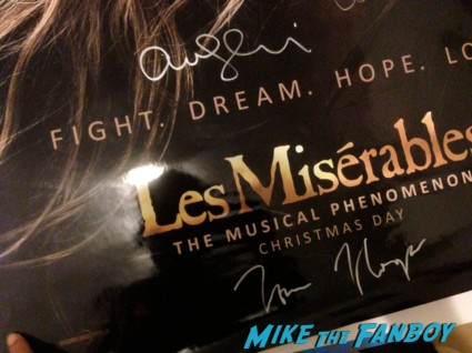 les miserables signed autograph movie poster promo amanda seyfried signature russell crowe hugh jackman eddie redmayne