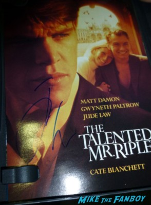 jude law signed autograph the talented mr. ripley movie poster dvd cover rare Jude Law signing autographs for fans photo rare promo signed dvd photo hot sexy the talented Mr. Ripley star sherlock holmes star