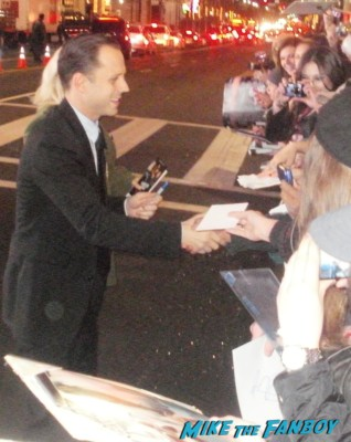 Giovanni Ribisi signing autographs at the Gangster Squad Movie Premiere red carpet marquee with sean penn ryan gosling emma stone josh brolin