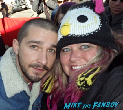 Shia LaBeouf hot sexy fan photo rare signing autographs for fans rare disturbia gangster squad rare promo