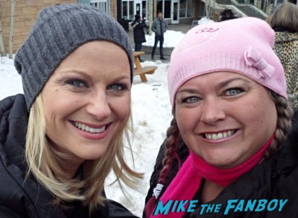 Amy Poehler Fan photo signing autographs for fans rare promo signed autograph rare promo hot