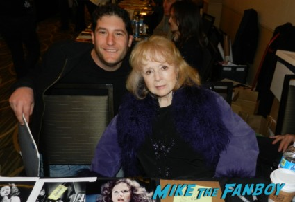 piper laurie fan photo 2013 mike the fanboy piper laurie signing autographs for fans carrie margaret white now 2013 promo mini movie poster twin peaks