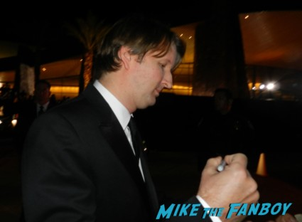 tom hooper signing autographs at the palm springs film festival 2013 signing autographs diane lane 031