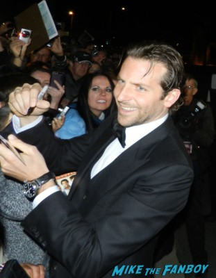 sexy bradley cooper signing autographs at the palm springs film festival 2013 signing autographs silver linings playbook