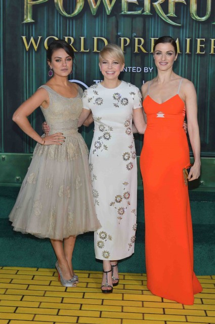 "Premiere Of ""Oz The Great And Powerful""  rachel weisz michelle williams red carpet promo hot sexy star"
