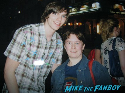 sexy Nicholas Hoult from X-Men: First Class fan photo signing autographs for fans rare promo hot warm bodies star