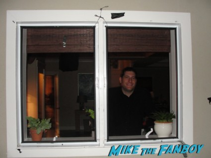 courteney cox's window from Cougar Town cougar town set visit Mike The Fanboy jules cobb courteney cox living room rare promo hot original set photo rare