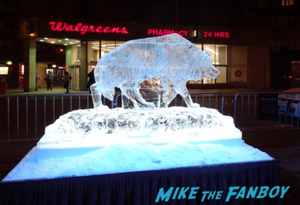 life-size Direwolf Ice Sculpture game of thrones fan event new york city