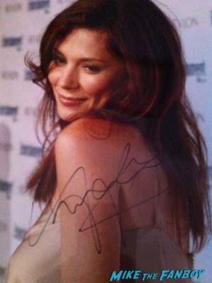Anna Friel Signed autograph photo pushing daisies rare land of the lost signing autographs for fans