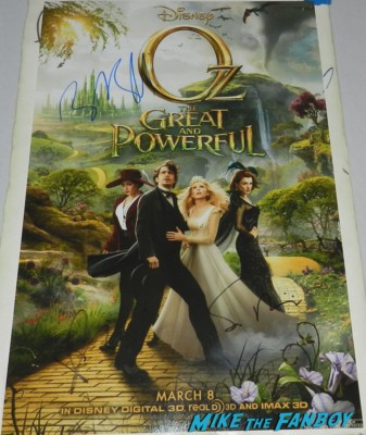 oz the great and powerful signed autograph promo mini poster zach braff mila kunis sam rami sam Rami bruce campbell signed autograph evil dead movie poster promo rare signing autographs at the OZ The Great And Powerful Movie Premiere red carpet hot air balloon rare james franco rare promo el capitan theater los angeles oz great and powerful movie premiere 002