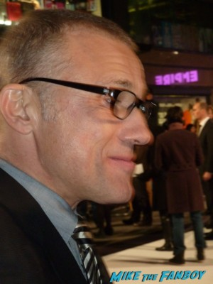 christoph waltz signing autographs for fans django unchained movie premiere signed autograph on the red carpet at Django Unchained UK Movie Premiere Report! The Scarlet Starlet Meets Quentin Tarantino! Christoph Waltz! And Misses Jamie Foxx By This Much! Autographs! Photos! And More!