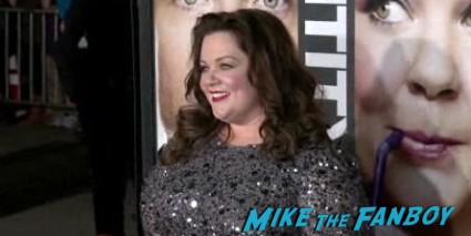 Melissa McCarthy arriving at the identity thief world movie premiere red carpet jason bateman melissa mccarthy (3)