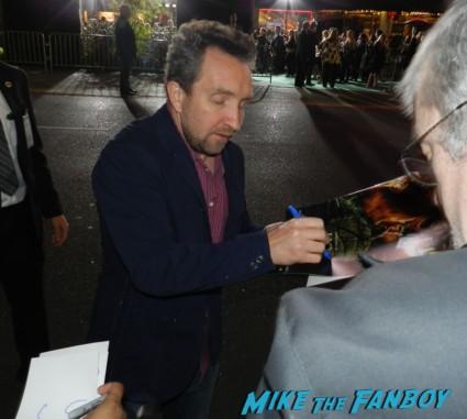 Eddie Marsan signing autographs for fans rare promo hot sexy rare jack the giant slayer movie premiere nicholas holt hot ewan brem 013