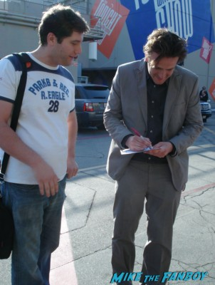 Jason segel from how I met your mother photo flops rare promo fan photo mike the fanboy signing autographs for fans rare promo hot sarah marshall star