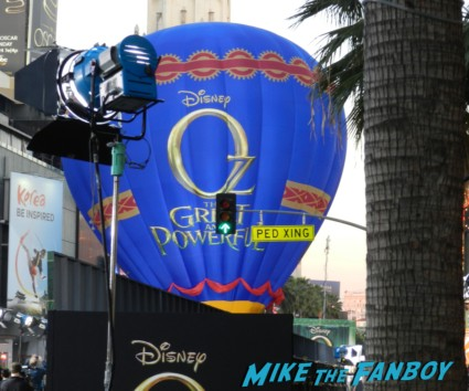 OZ The Great And Powerful Movie Premiere red carpet hot air balloon rare james franco rare promo el capitan theater los angeles oz great and powerful movie premiere 002