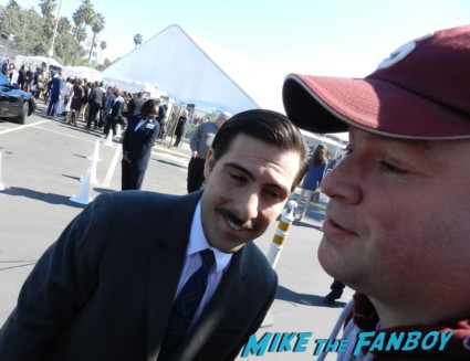 jason schwartzman fan photo signing autographs for fans spirit awards 2013 rare rushmore star hot  signing autographs spirit awards 2013 daniel radcliffe salma hay 020
