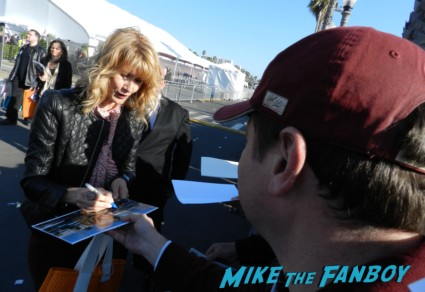 laura dern signing autographs at the The Independent Spirit Awards 2013! Drama! Insanity! With Jennifer Lawrence! Daniel Radcliffe! Matthew McConaughey! Ellen Page! Jason Bateman! Salma Hayek! Kerry Washington! Bradley Cooper! Chris Tucker! Sam Rockwell! Zoe Saldana! Paul Rudd! And So Much More! Autographs! Photos! And More!ng autographs spirit awards 2013 daniel radcliffe salma hay 033