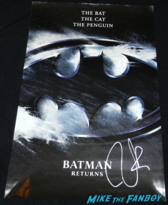tim burton signed autograph batman returns mini movie poster one sheet rare hot tim burton signing autographs for fans at frankenweenie 008