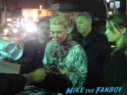 laurie holden signed autograph signing autographs for fans an evening with the walking dead rare signature