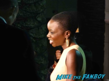 Danai Gurira signing autographs for fans at an evening with the walking dead rare promo hot sexy michonne