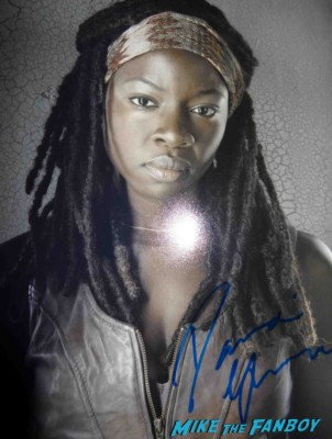 Danai Gurira signed autograph photo rare promo  signing autographs for fans at an evening with the walking dead rare promo hot sexy michonne