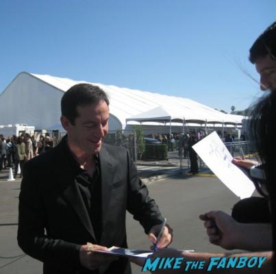 jason isaacs hot signing autographs for fans at the spirit awards 2013 rare rushmore signed autograph rare promo