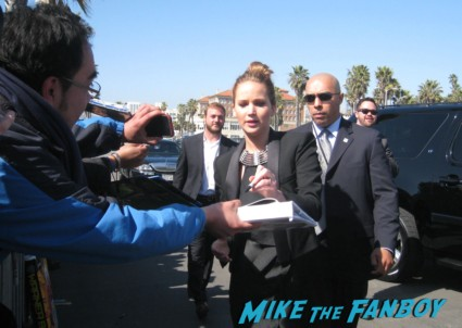 jennifer lawrence hot signing autographs for fans at the spirit awards 2013 rare rushmore signed autograph rare promo