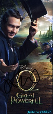 james franco signing autographs for fans at the oz the great and powerful london movie premiere