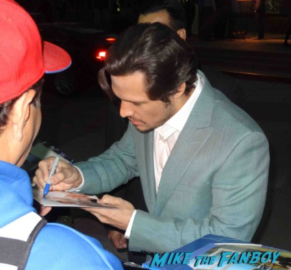 Nick Wechsler signing autographs for fans Revenge cast premiere With Emily VanCamp! Gabriel Mann! Henry Czerny! Ashley Madekwe! Nick Wechsler! Joshua Bowman! Christa B. Allen! Autographs! Photos !