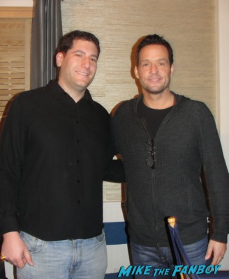 Josh hopkins fan photo signing autographs for fans cougar town greyson sexy hot rare travis bachelor pad apartment  from cougar town set visit dan byrd rare hot courteney cox set apartment