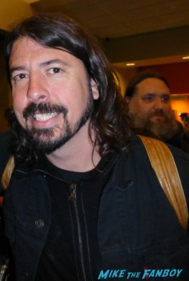 Dave Grohl fan photo dave grohl signing autographs for fans hot rare sound city q and a promo hot foo fighters lead singer