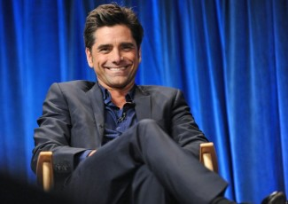 john stamos the new normal photo paleyfest 2013 panel moderator rare hot john_stamos fan photo signing autographs for fans rare promo paleyfest the new normal rare