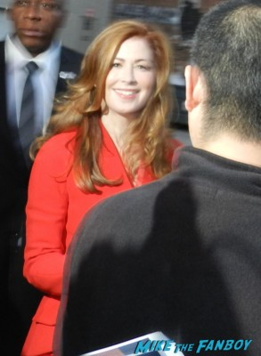 dana delany signing autographs for fans rare hot sexy china beach rare desperate housewives Nikolaj Coster-Waldau hot signing autographs dana delany sexy ga 008