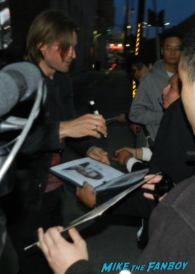 Nikolaj Coster-Waldau hot signing autographs game of thrones hot sexy star rare promo