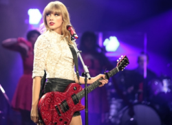 taylor swift live in concert with her guitar guest starring on new girl rare promo hot