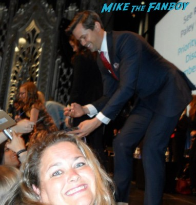 andrew_rannells fan photo signing autographs for fans the-new-normal-paleyfest ryan murphy the new normal photo paleyfest 2013 panel moderator rare hot john_stamos fan photo signing autographs for fans rare promo paleyfest the new normal rare