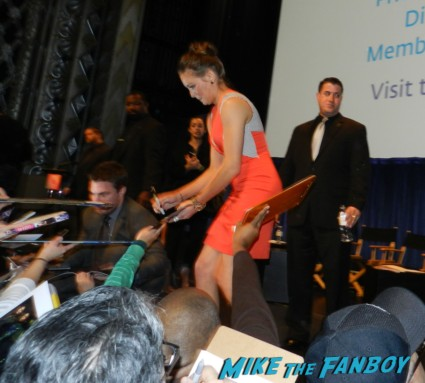 katie cassidy amell signing autographs for fans hot sexy rare promo arrow star naked shirtless rare promo signed autograph shirtless naked arrow mini poster rare promo  paleyfest stephen amell signing autographs shirtless poste 174