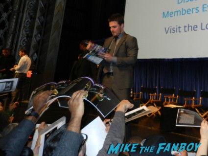 stephen Amell signing autographs for fans at arrow paleyfest stephen amell signing autographs shirtless poste 164
