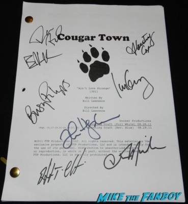 cougar town cast signed script rare courteney cox signed autograph busy phillips rare cougar town penny can cast signed autograph courteney cox 001