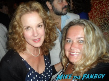 elizabeth_perkins hank_azaria fan photo signing autographs for fans rare promo hot sexy Russell Brand! James Marsden! Elizabeth Perkins! Kaley Cuoco! And More!