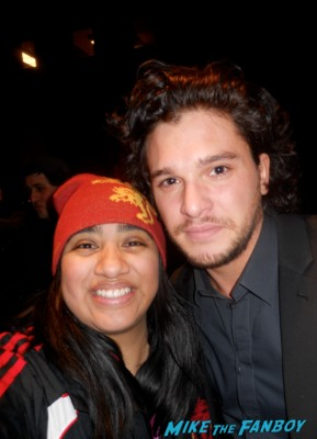 Kit Harington fan photo signing autographs at Game of Thrones the Exhibition in new york city rare promo hot rare