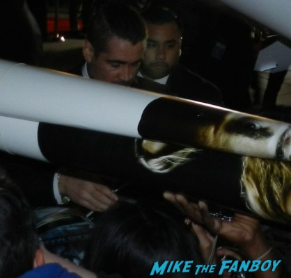 colin farrell signing autographs for fans Meeting The Awesome Colin Farrell At The Dead Man Down Premiere! With Terrence Howard! But Getting Dissed By Noomi Rapace! Autographs! Photos! And More!