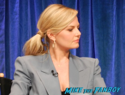 jennifer morrison at the once upon a time paleyfest 2013 panel ginnifer goodwin hot 024